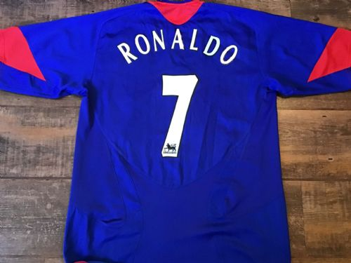 2005 2006 Manchester United Ronaldo Away Football Shirt Medium